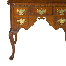 Savery Dressing Table